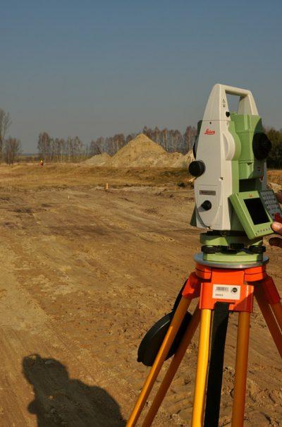 geodet Kranj, izravnava meje, zakoličenje objekta, geodetske storitve, etažiranje
